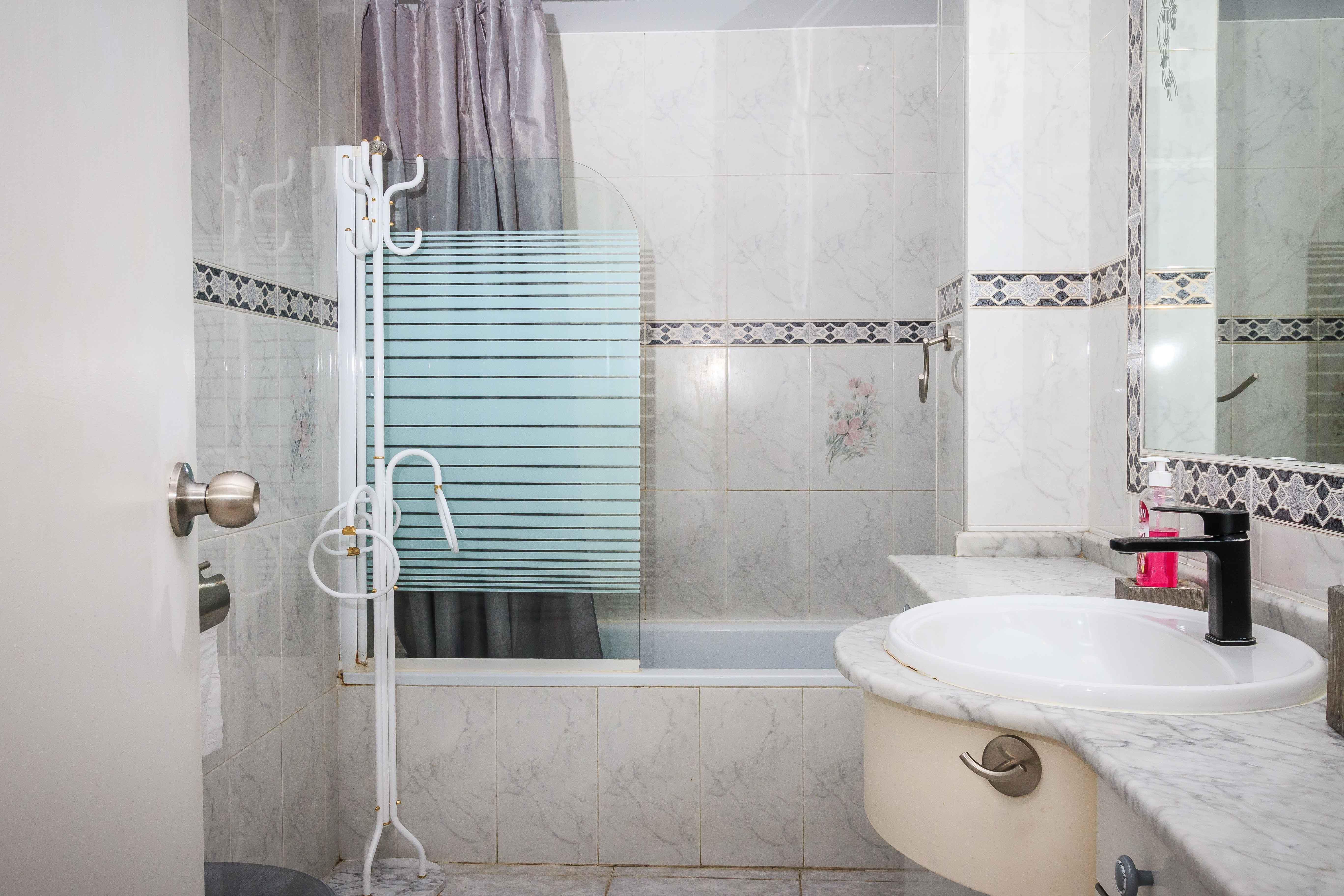 6a Bathroom